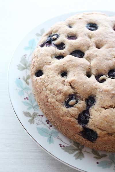 Blueberry buckle cake